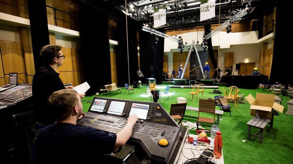 Theatre lighting design courses uk vectorworks spotlight